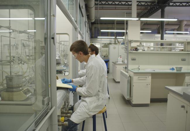 Master's Degree in Pharmaceutical Chemistry | IQS